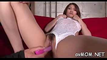 Hot milf gets on knees to engulf in big cock, cum shot
