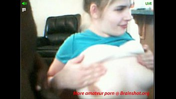 Amateur girl gives interracial blowjob on cam