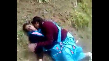 indian desi schoolgirl lesbian outdore :)