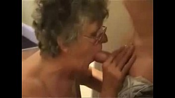 Having fun with my old slut. Real amateur granny