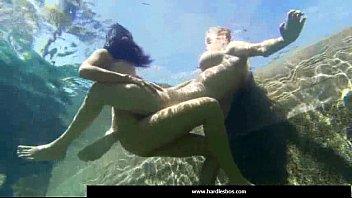 14-sumptuous lesbos get cooch climax