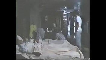 Familia de turistas masacrada por delincuentes y jovencita violada. Pel&iacute_cula Camino al infierno (Hell'_s Way)