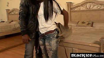 Cock craving ebony teen sneaks into the bedroom for hot sex