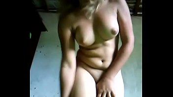 Novinha safada - Caiu na net - Whatsapp