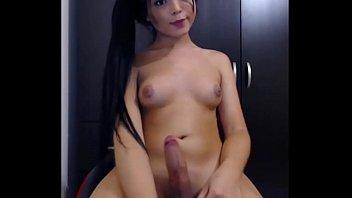 Gorgeous Asian Transsexual Masturbates Cam