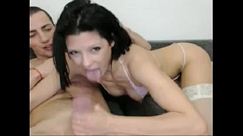 uber-cute dark haired gf bj's her bf on.
