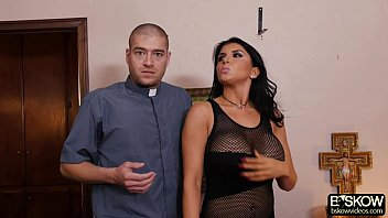 large-titted honey romi rain gets smashed by a.