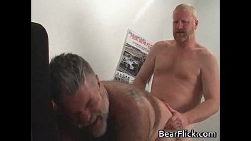 Hairy beast dudes GlennBear and Rusty gay video