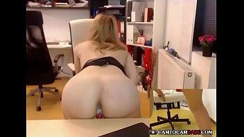 blond woman cummed inner cash-shot muff so  humid