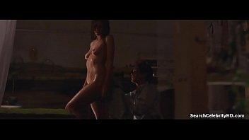 maggie gyllenhaal in assistant 2002