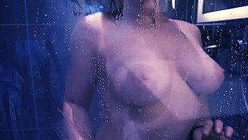 onanism sous la douche ndash_ purple.