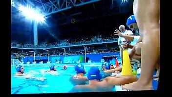 Bulge do p&oacute_lo aqu&aacute_tico Brasil x Hungria