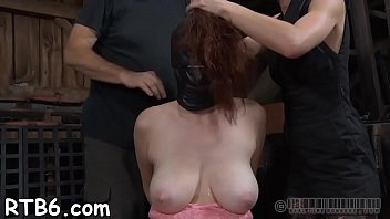 linked up gimp receives lusty pleasing her kinky pussy