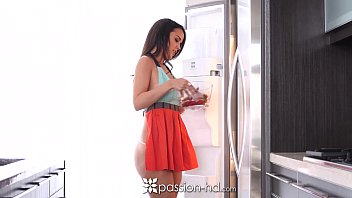 fervor-hd - half nude cooking hotty dillion harper.