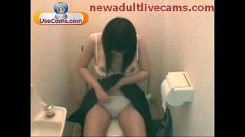 lady fap in shower