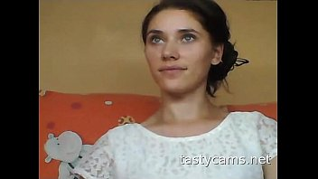 steaming russian gal flashes off figure on web cam