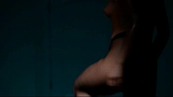 subtle babe masturbating in pantyhose
