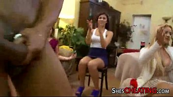 housewives with hugedick masculine-strippers
