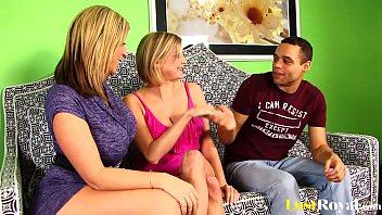 blondes sara jay and lya rosy are very.