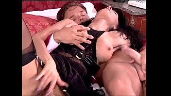 italian pornography fuckfest dubbed in french.