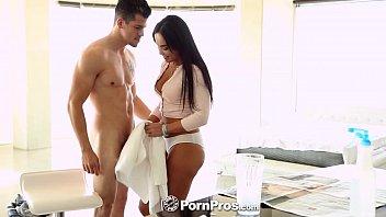 pornpros - latina selena santana gets down on.