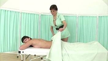 brit mature masseuse