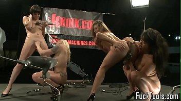 machine lezzies seducing beavers in fourway
