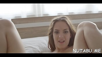 Teen gets juicy pussy fingered